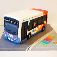 Торт с автобусом для мальчика