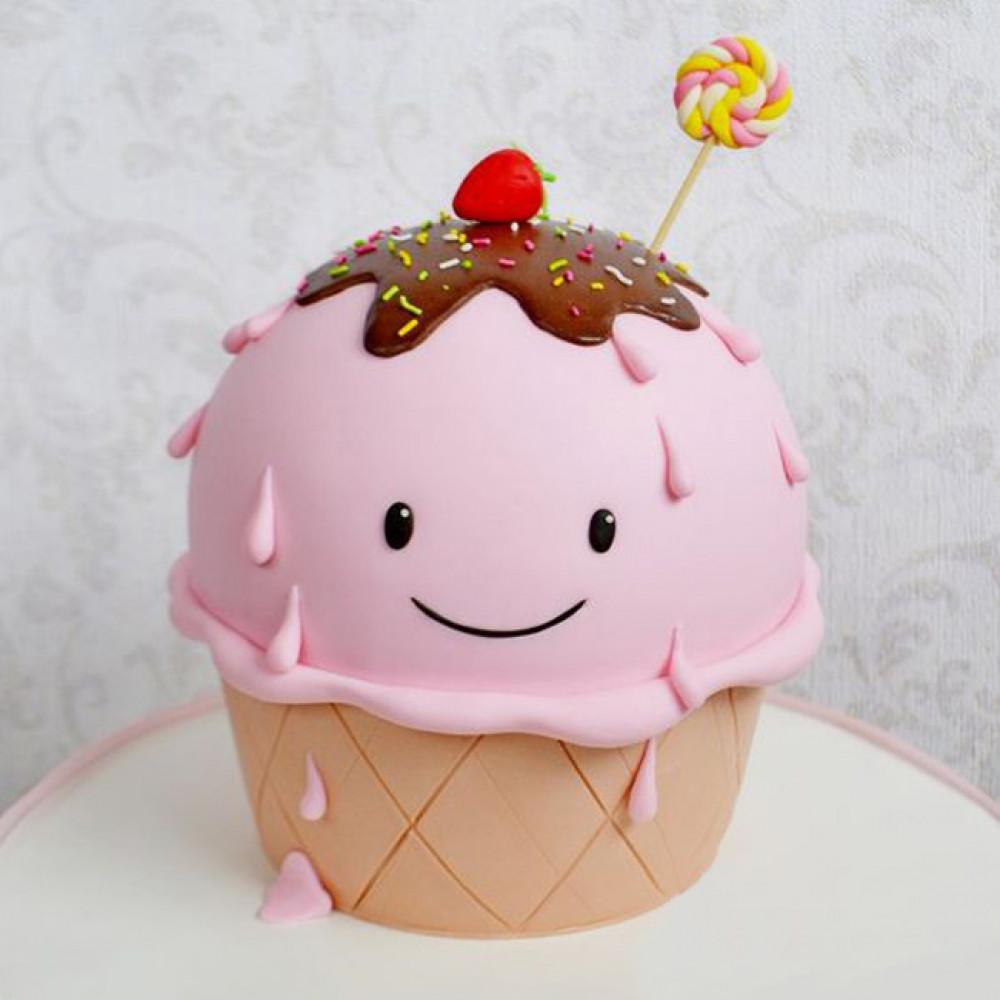 Торт в виде мороженого