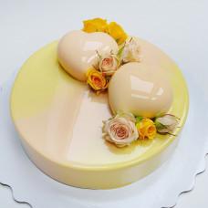 Манговый муссовый торт