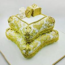 Свадебный торт подушки с кольцами