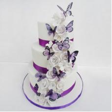 Свадебный торт с бабочками из сахарной бумаги
