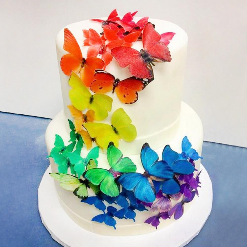 Свадебный торт с разноцветными бабочками