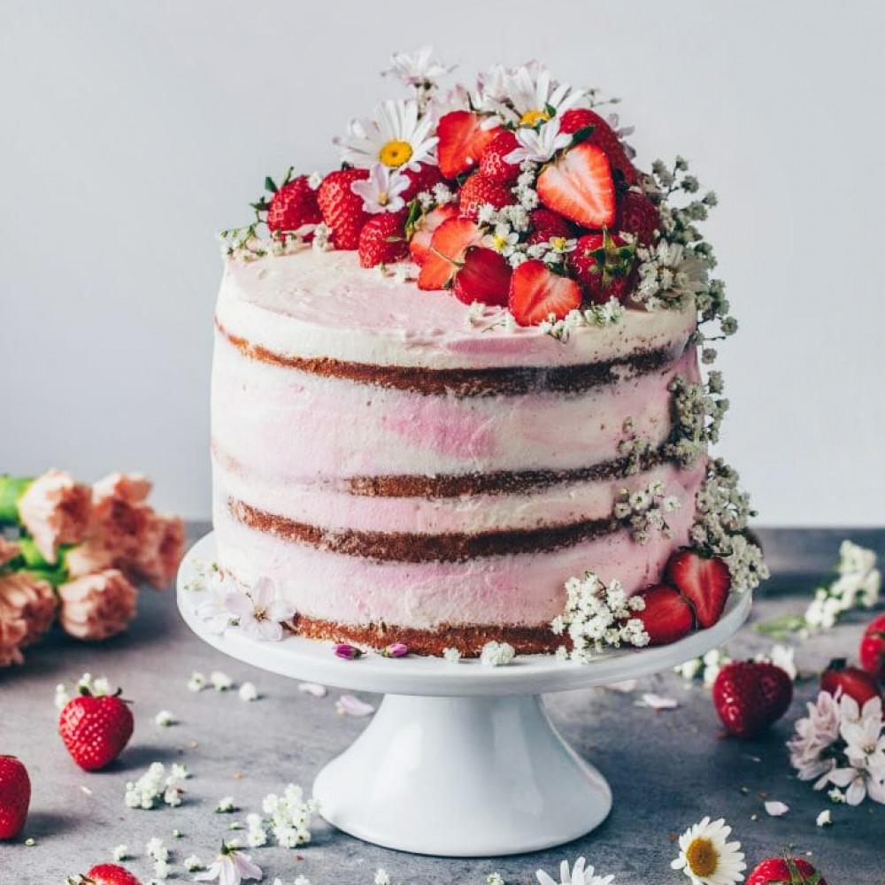 Торт свадебный одноярусный с ягодами