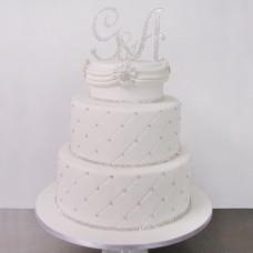 Свадебный торт с заглавными буквами имен