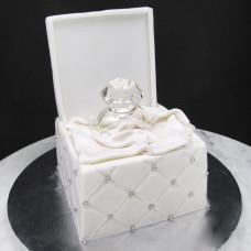Одноярусный свадебный торт с кольцами