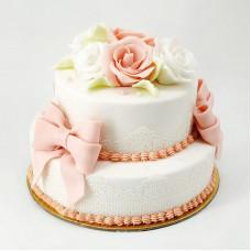 Свадебный торт со съедобным кружевом