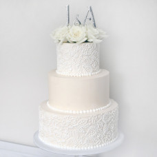 Торт с кружевом из крема