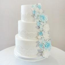 Торт на свадьбу с шоколадным кружевом