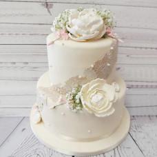 Свадебный торт с кружевом двухъярусный