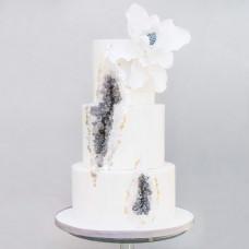 Свадебный минеральный торт