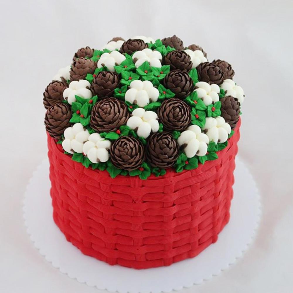 Свадебный торт украшенный шишками