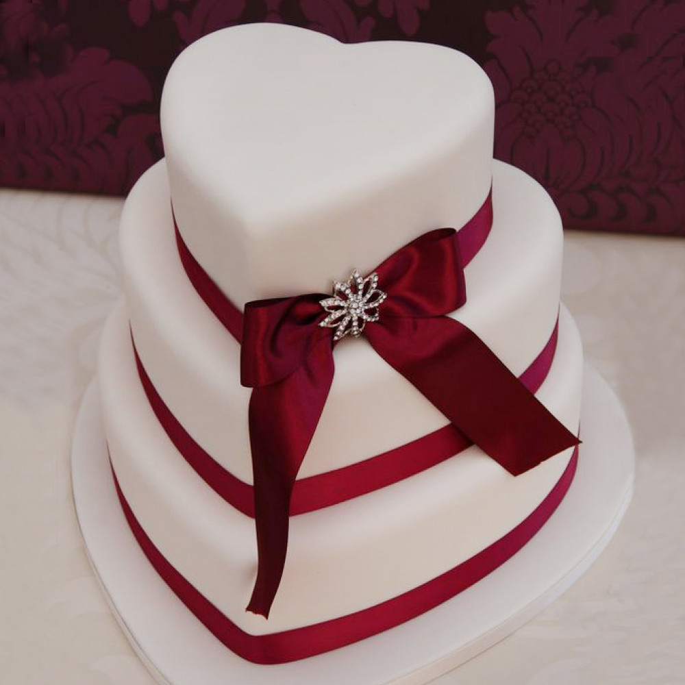 Свадебный торт объемные сердца