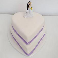 Свадебный торт в виде двух сердец