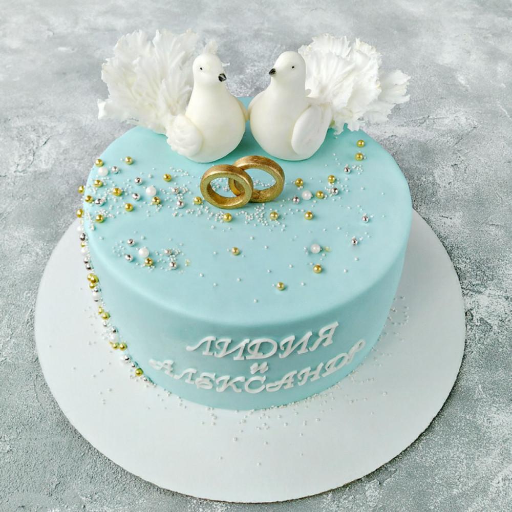 Свадебный торт с голубками