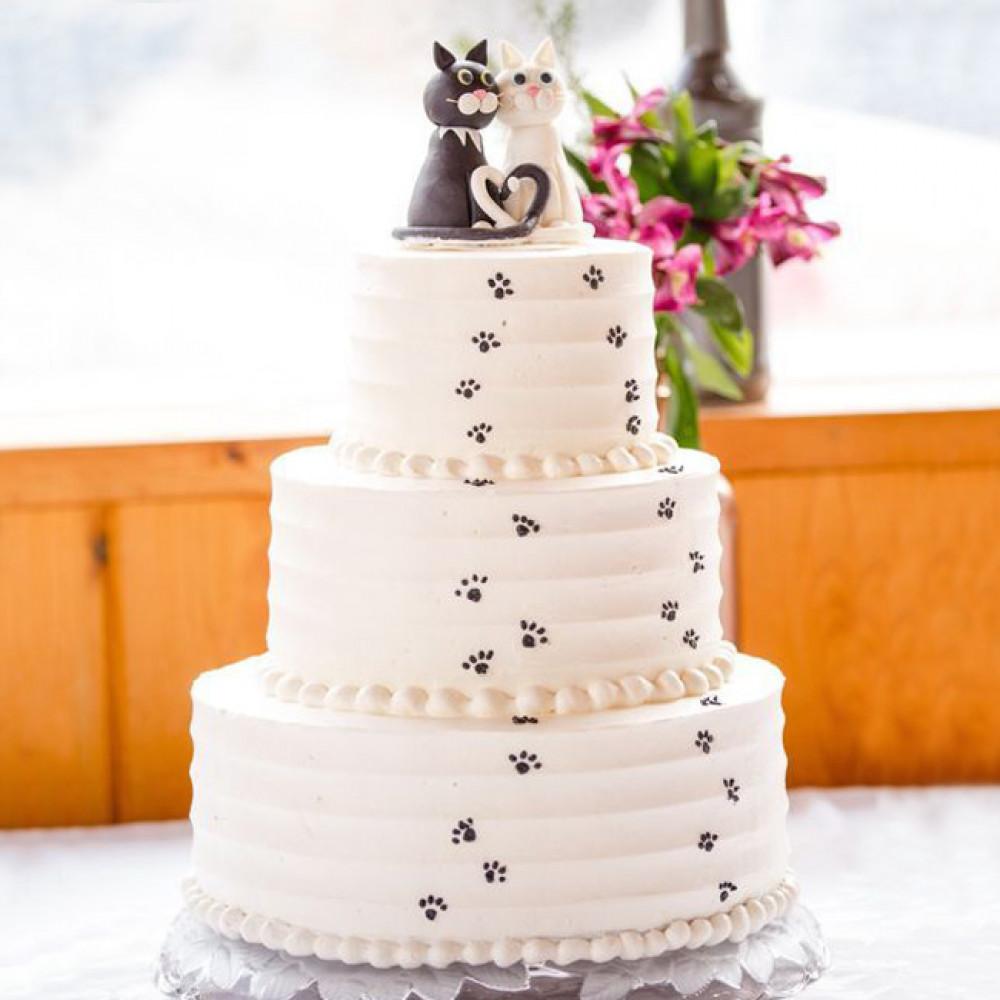 Свадебный трехъярусный торт с котами