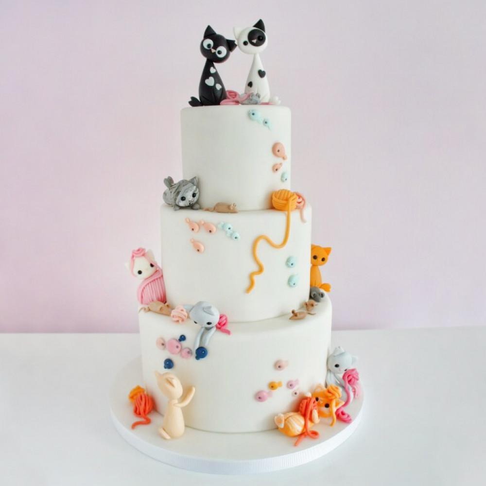 Свадебный торт с котиками