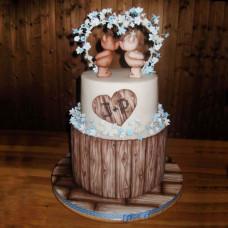 Торт на свадьбу с топпером мишки