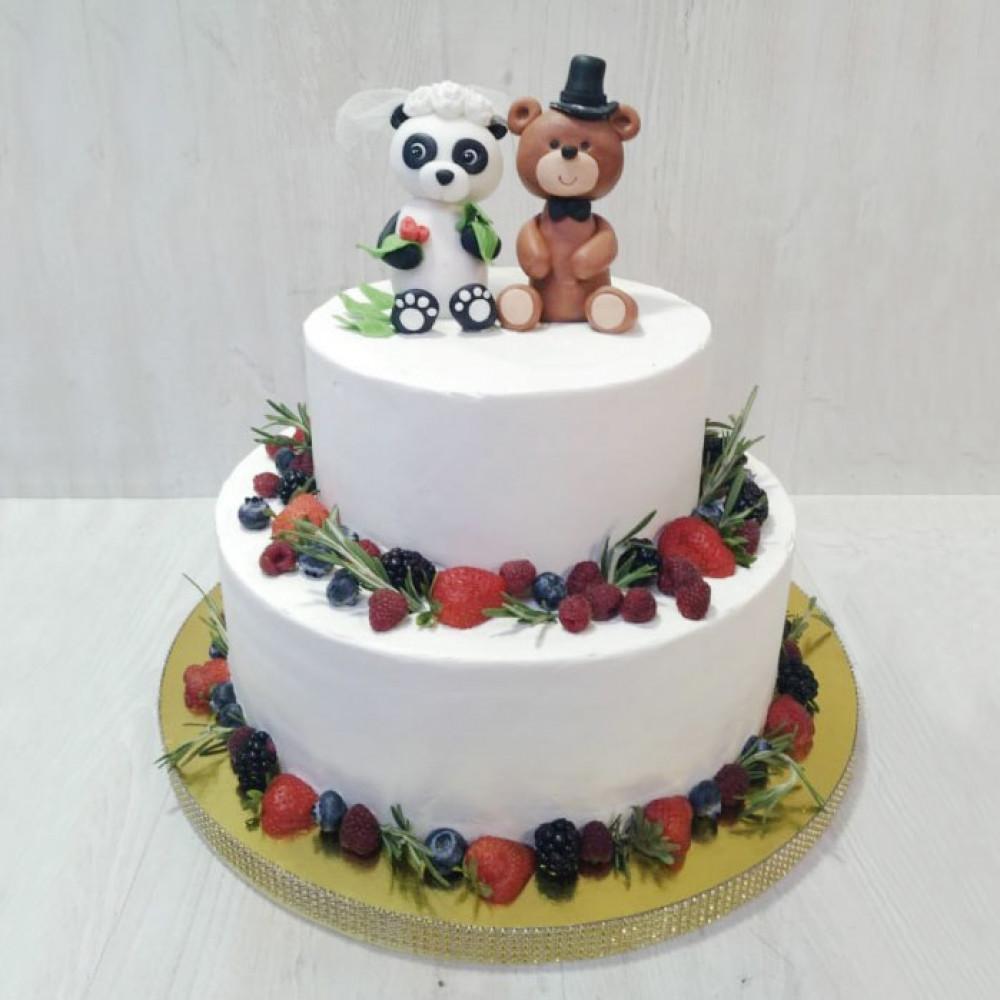 Свадебный торт с мишкой и пандой