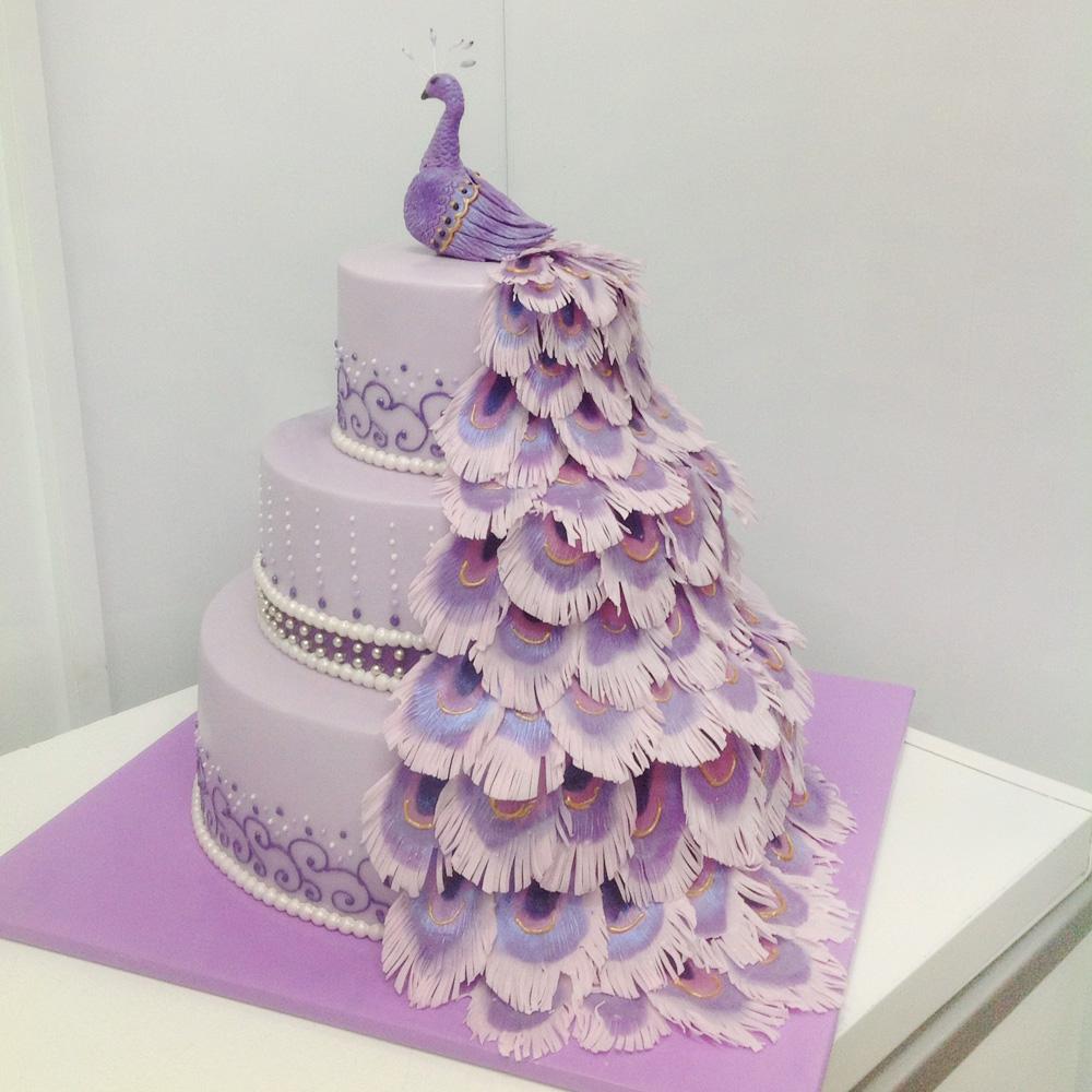 Свадебный торт с павлином