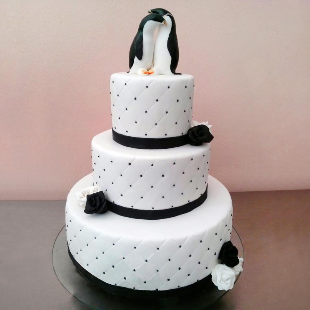Свадебный торт с антарктическими пингвинами