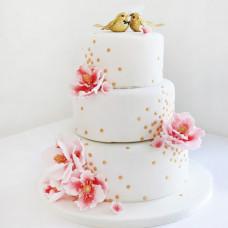 Свадебный торт с фигурками птиц
