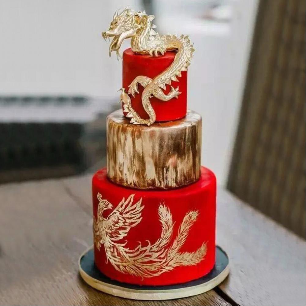 Свадебный торт с драконом и фениксом