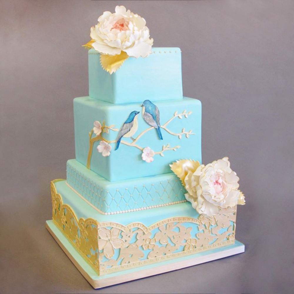 Свадебный торт с весенними птицами