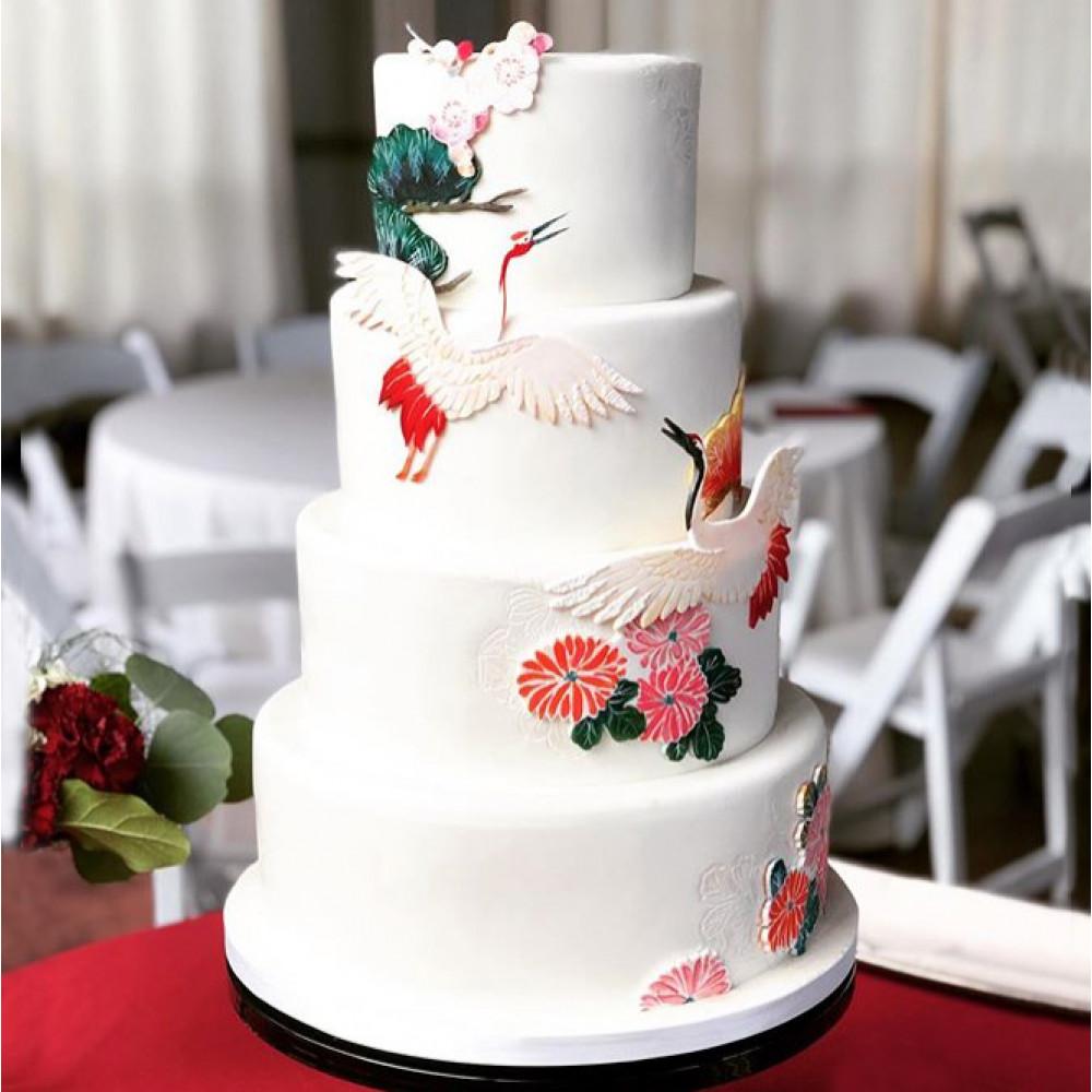 Свадебный торт с журавлями