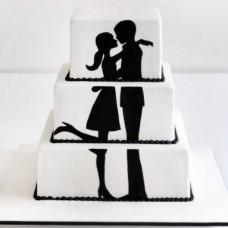 Свадебный торт с силуэтами молотой пары