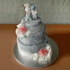 Свадебный торт с зайчиками и бантами