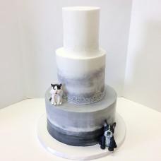 Свадебный торт с собакой и кошкой