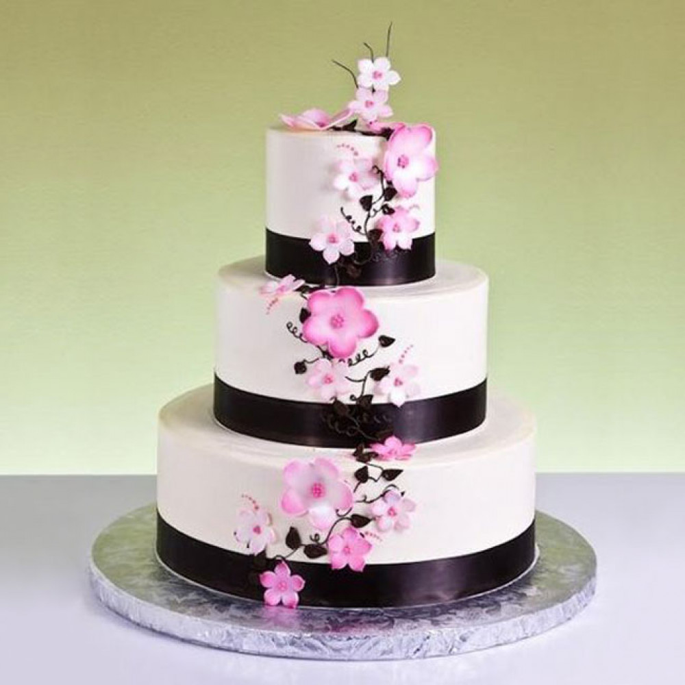 Свадебный торт в европейском стиле