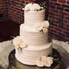 Свадебный торт в летнем стиле