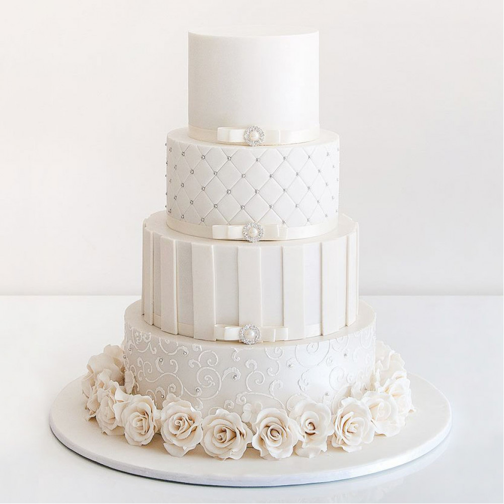 Свадебный торт в стиле шик
