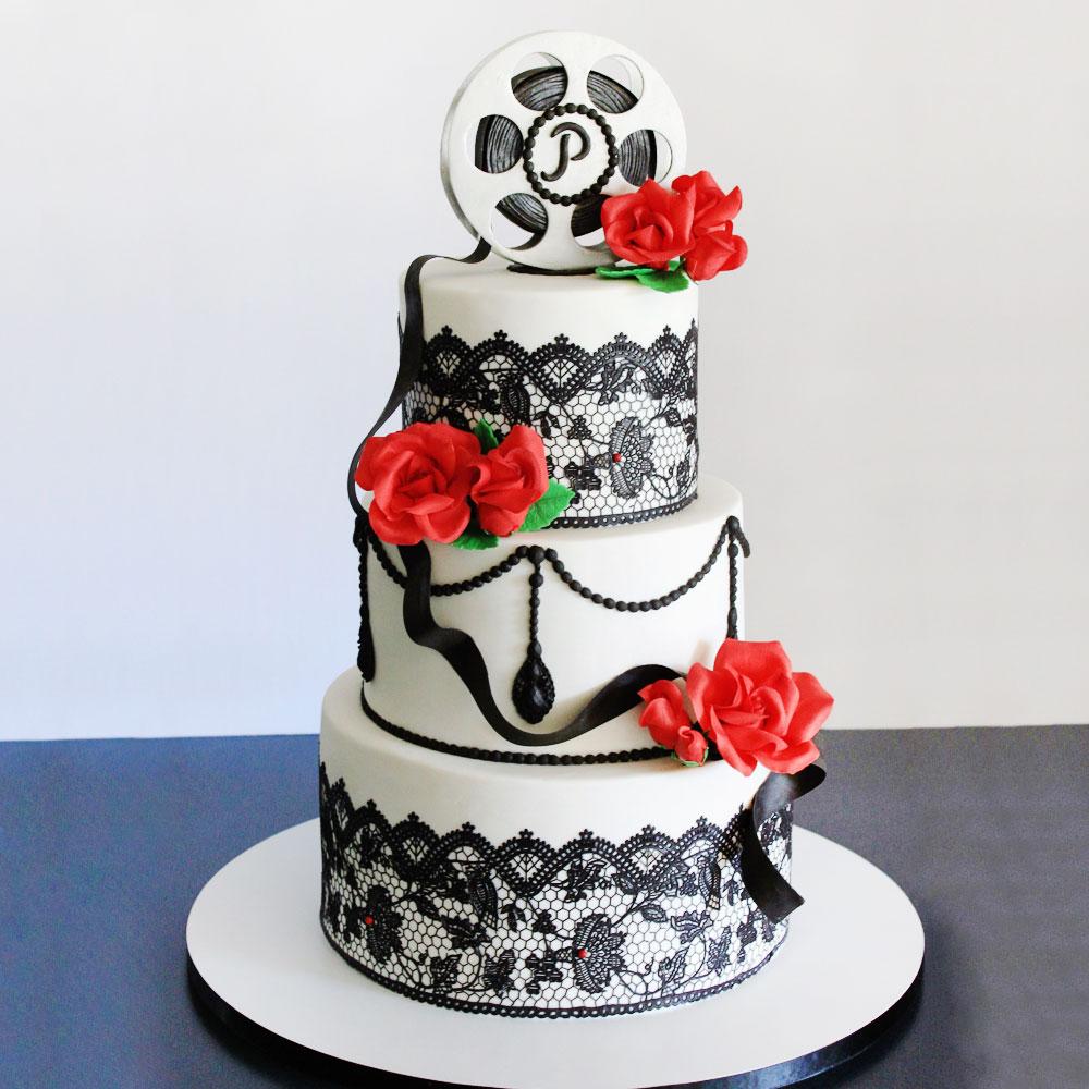 Свадебный торт в голливудском стиле