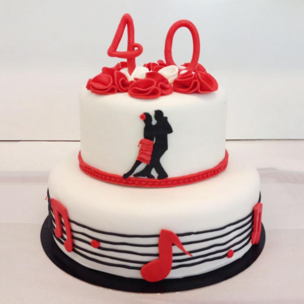 Свадебный торт в Латинском стиле