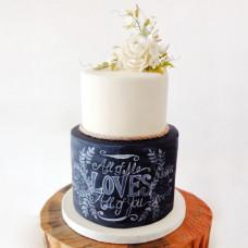 Свадебный торт с эффектом мела