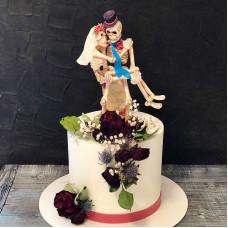 Свадебный торт со скелетами
