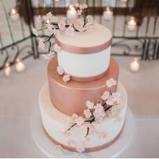 Свадебный торт в стиле Страны Восходящего Солнца