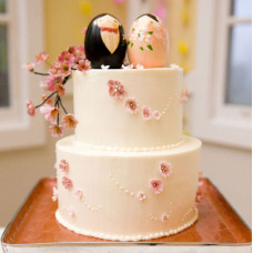 Свадебный торт с самураем и гейшей
