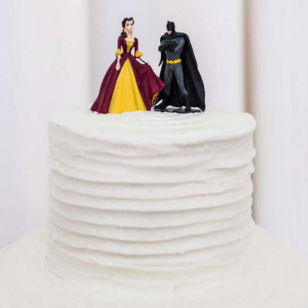 Свадебный торт с топперами киногероев