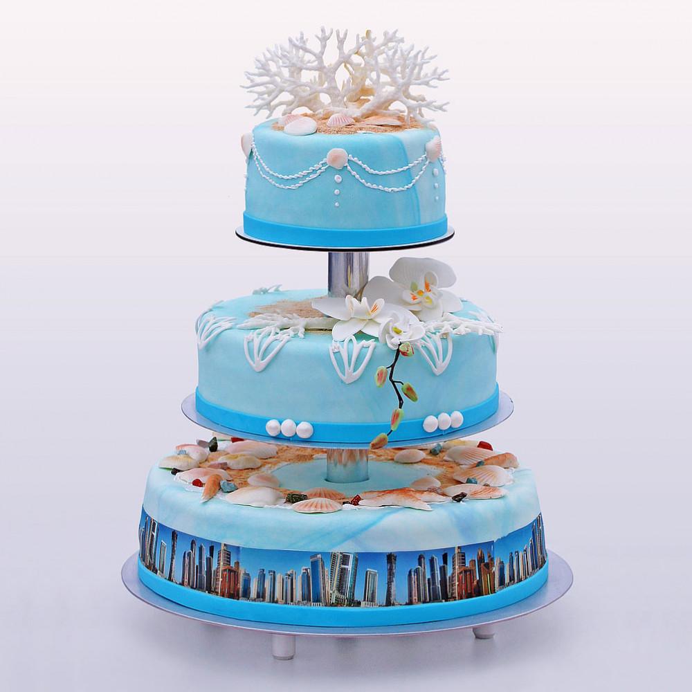 Свадебный торт с морскими кораллами