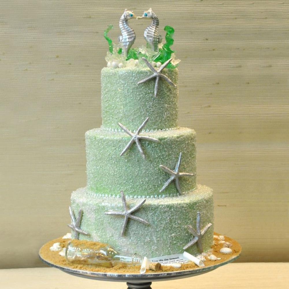 Торт с морскими звездами и коньками