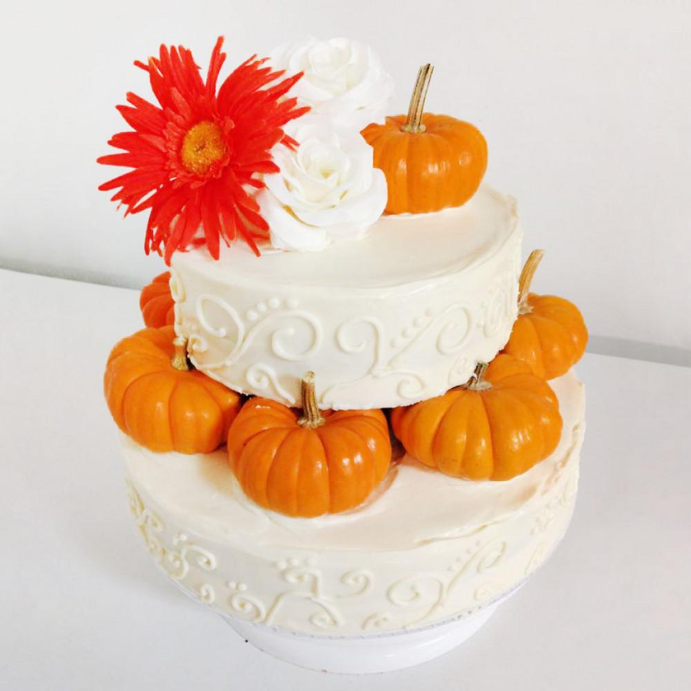 Торт на свадьбу с осенними мотивами