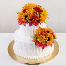 Осенний свадебный торт без мастики с живыми цветами