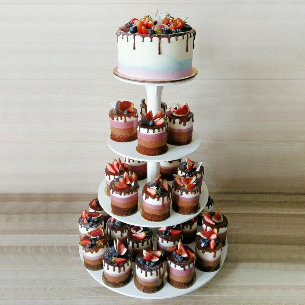 Свадебный торт с русскими мотивами