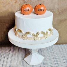 Осенний торт на свадьбу в деревенском стиле