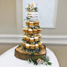 Торт на свадьбу в рустикальном стиле