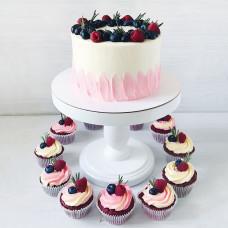 Свадебный торт с капкейками без мастики
