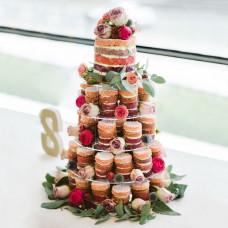 Голый торт с капкейками на свадьбу